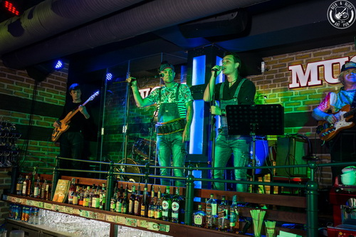 "Фотоотчет: 29.06.2018 Beer&Blues ""Graffiti music group"".. «Art Pub BEER&BLUES»"